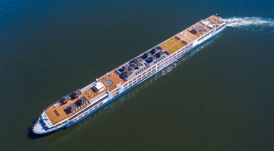 Tui River Cruises: ship exterior