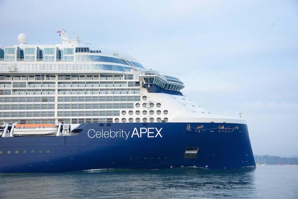 celebrity apex in southampton